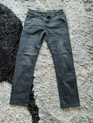 D trend by izo jeans