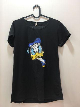 黑色T-shirt 唐老鴨卡通圖案