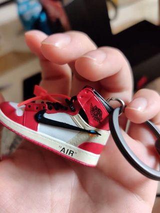 紅白OW芝加哥鞋模鑰匙圈
