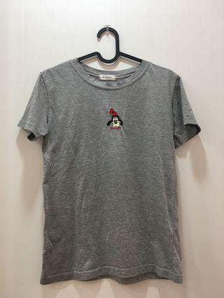 灰色上衣 高飛 卡通圖案 T-shirt