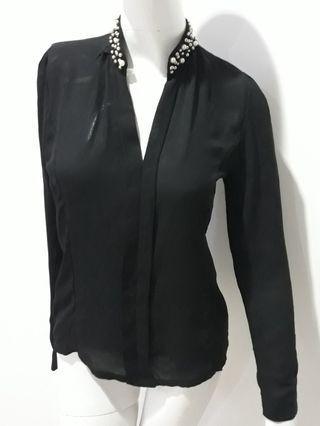 Black blouse sifon pearl