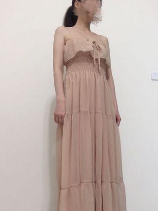 正韓貨粉膚色雪紡紗洋裝/平口連身裙