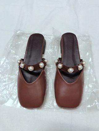 珍珠謬樂拖鞋