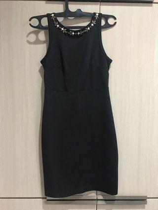 XSML black dress