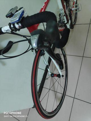 Giant,Merida hfs ,105 groupset XS size fit for 160 to 170cm