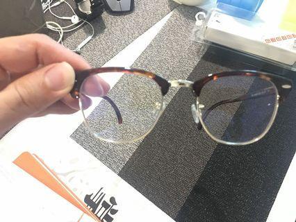 UNIQLO glasses