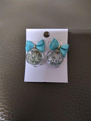 買一送二 漂亮蝴蝶結水晶珠耳環&晶鑽套組