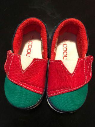Sepatu bayi cool
