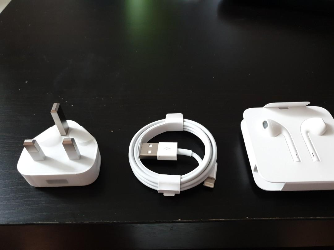 Apple Charger, Cables & Ear Piece