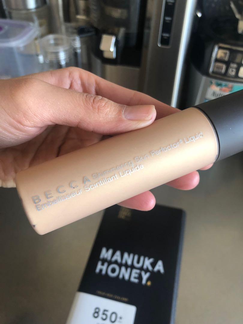 BECCA Shimmering Skin Perfector Liquid #Prosecco Pop