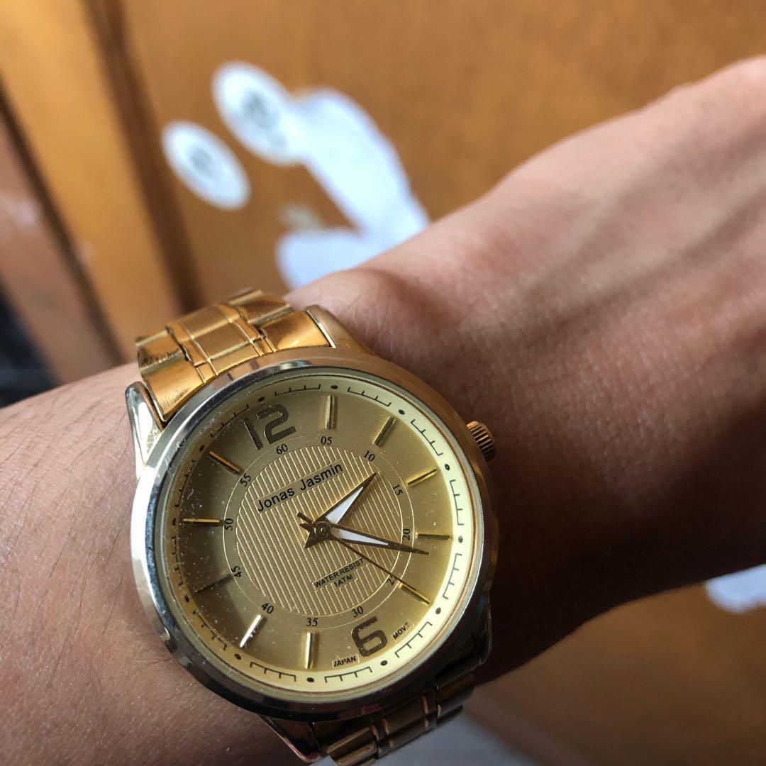 Jam tangan Jonas Jasmin
