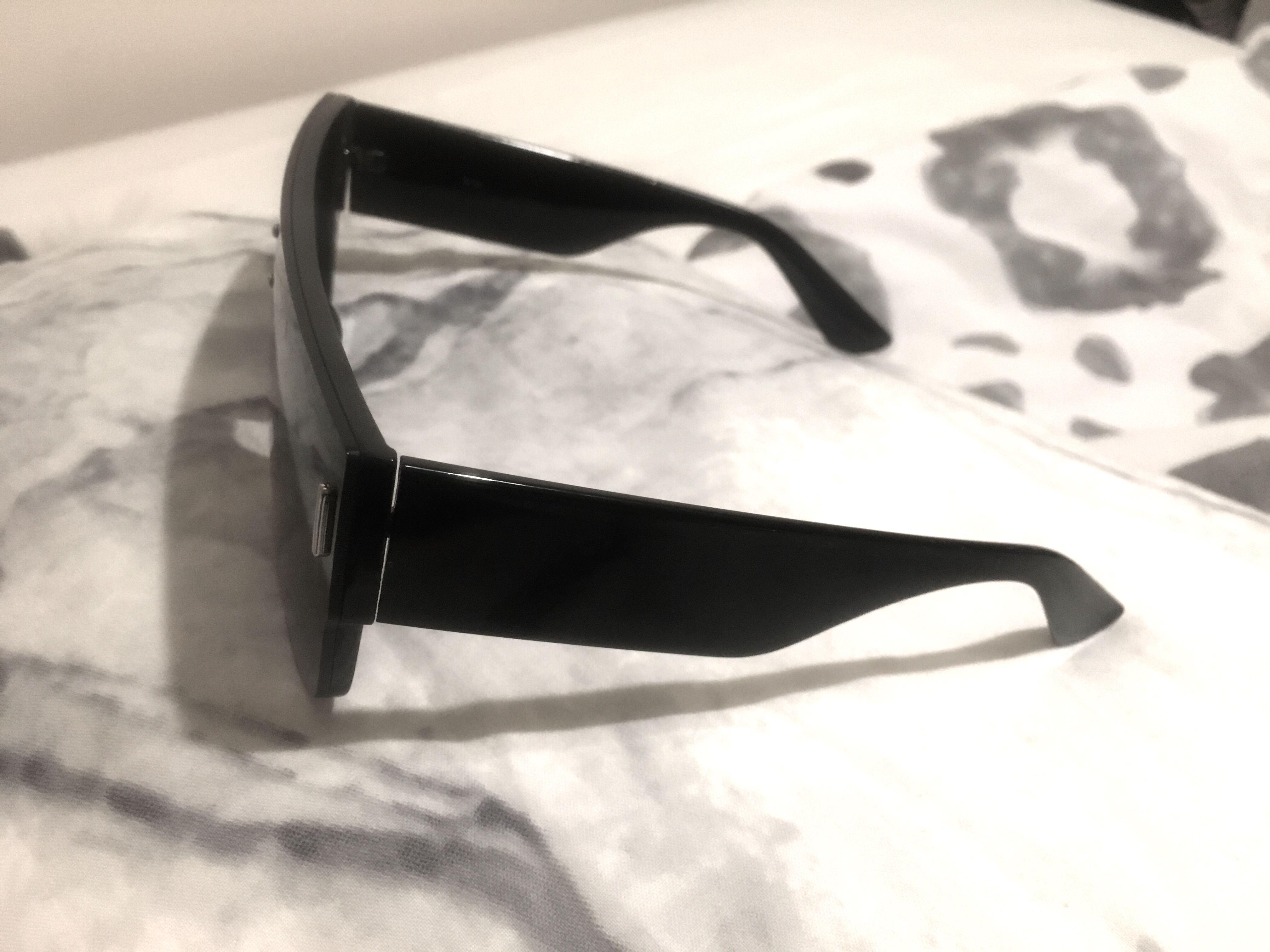 QUAY, minkpink, showpo and more Assorted women's sunglasses