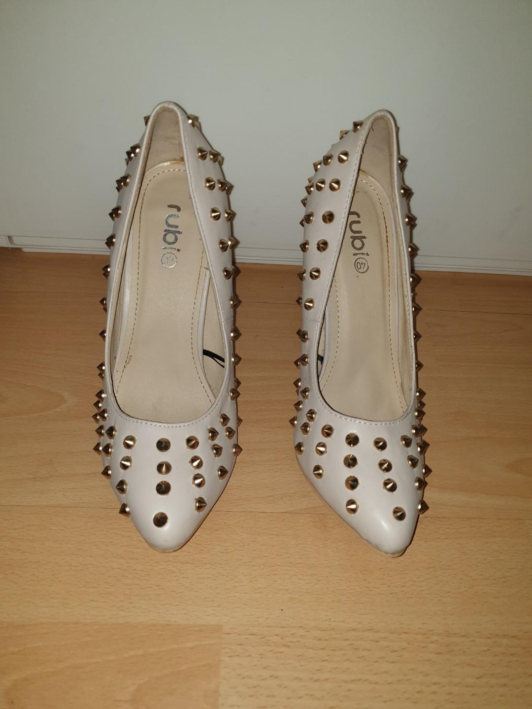 Size 9 - Cream Pleather High Heels with Gold Studs