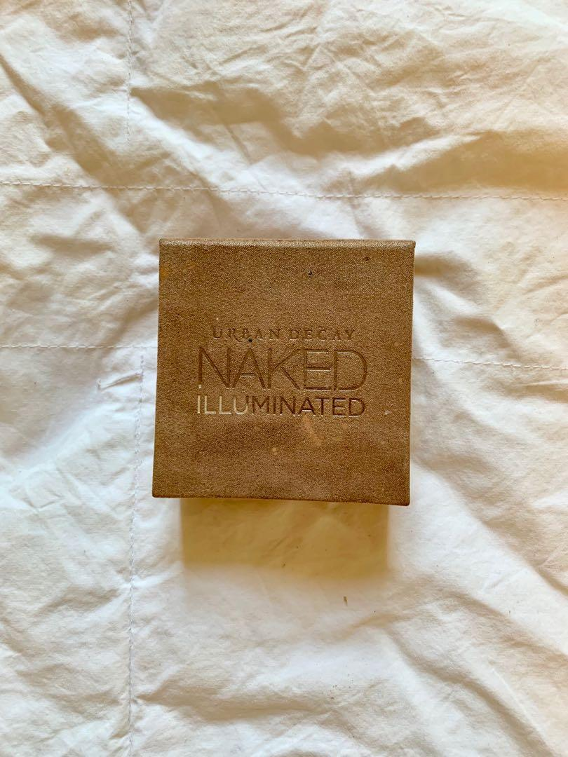 Urban Decay Naked Illuminated Shimmering Powder for Face and Body in Aura
