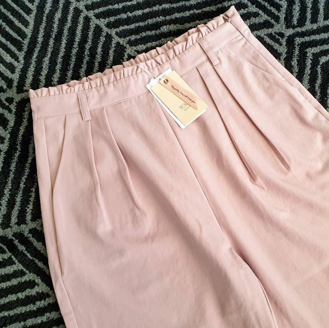 Women's size L 'YOCO' Stunning high waisted blush pants - BNWT