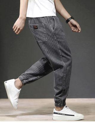 條紋束腳牛仔褲