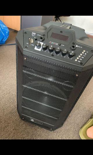 Brand New Martin Roland MPA 811 Portable Speaker 2 Pieces