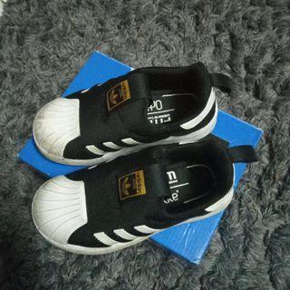 💯Original Adidas Superstar UK9