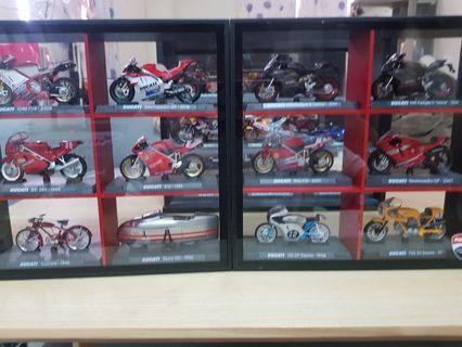 7-11 杜卡迪模型車全套含展示盒