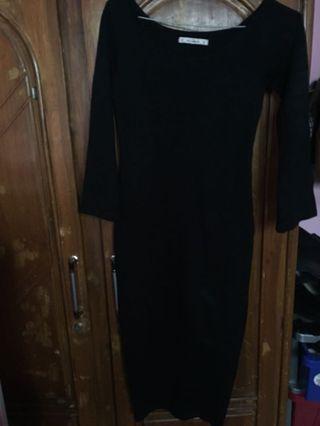 Dress Hitam Pull&Bear