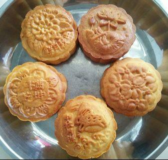 [5 PCS]100% Home Made Mid-Autumnz Traditional Mooncake with Red Bean Paste