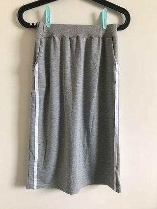 灰色運動感中長裙