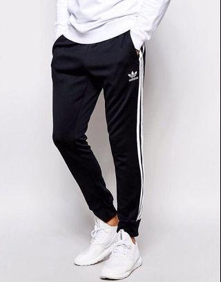 愛迪達 棉褲 褲子 長褲 三線褲 全新正品m 縮口 adidas AJ6960