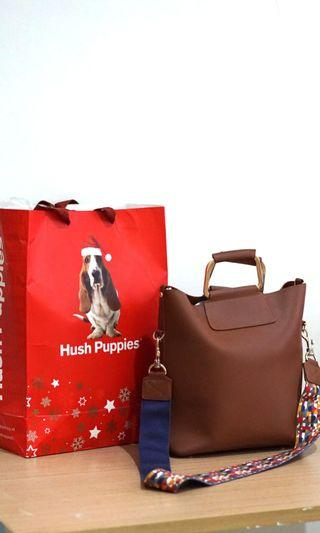 Tas Hush Puppies