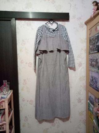 Dress Ruffle Abu