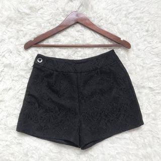 Celana Pendek Crocket