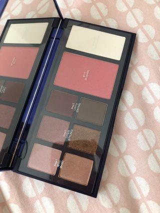 Laneige Eye & Face Palette (Holiday Collection Limited)