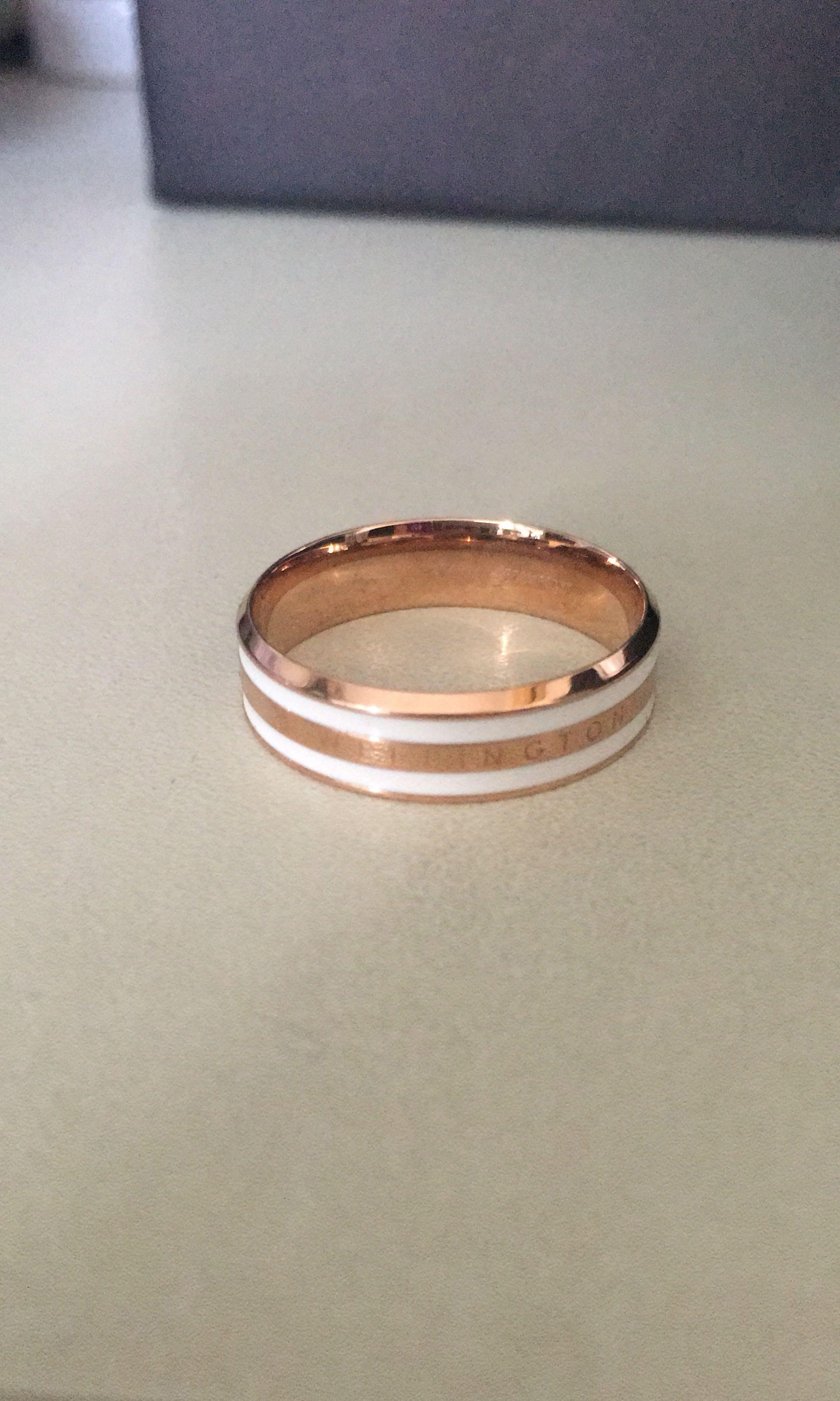 Daniel wellington ring
