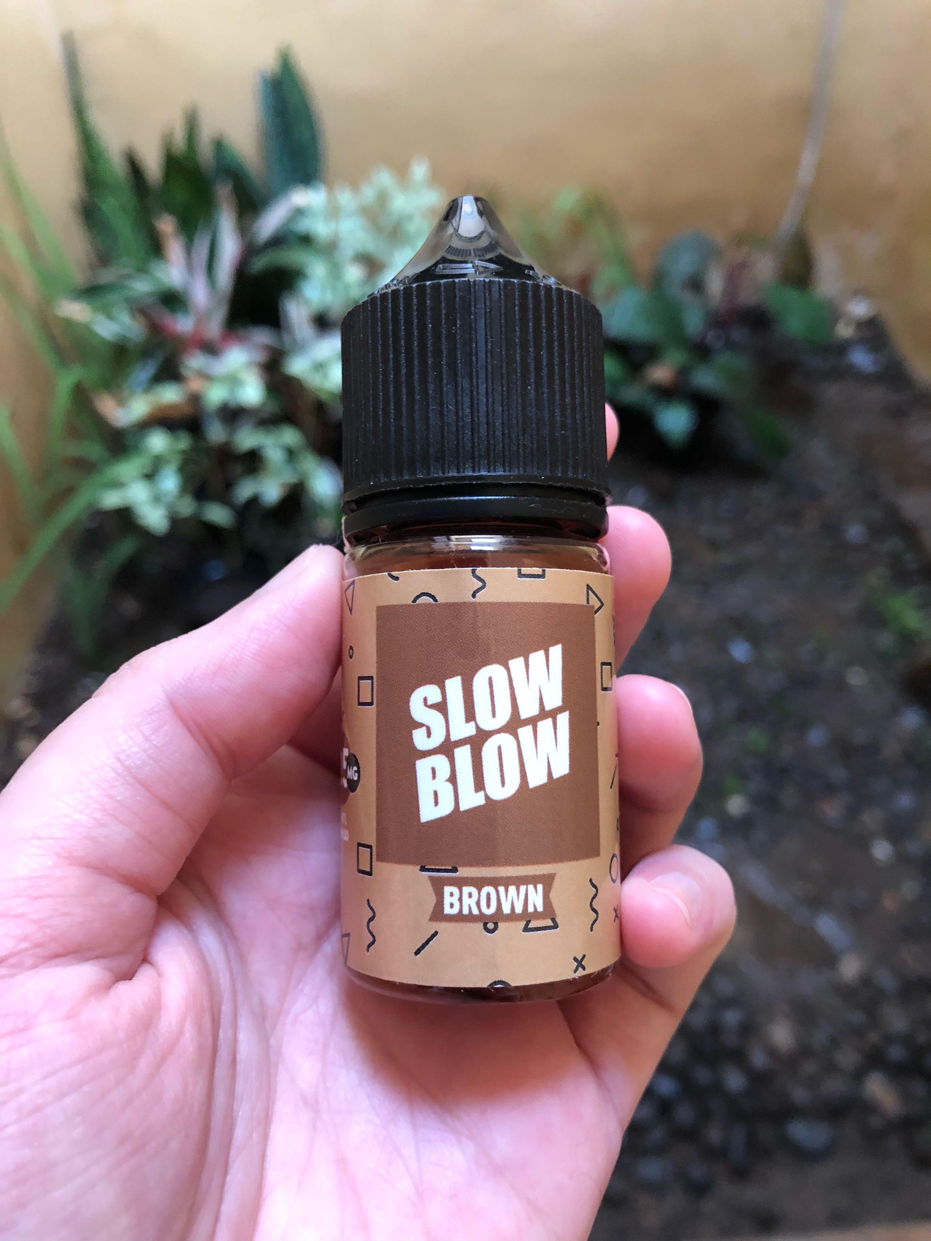 Liquid Vape Salt Nic - Slow Blow Coffee Milk Cream