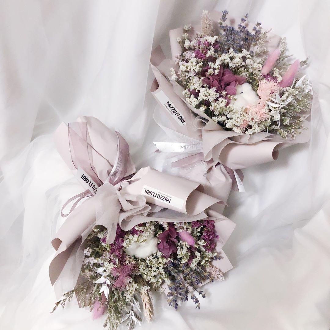 Preserved and Dried Flower Flower | Preserved flower | Birthday Flower | Anniversary Gift | Flower delivery | 永生花 干花 花束 |生日花束 |鲜花运送
