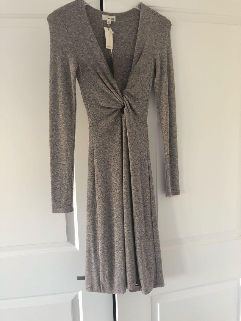 Wilfred dress (NWT)in marl brownish grey. Has a stretch to the fabric so can fit a small.