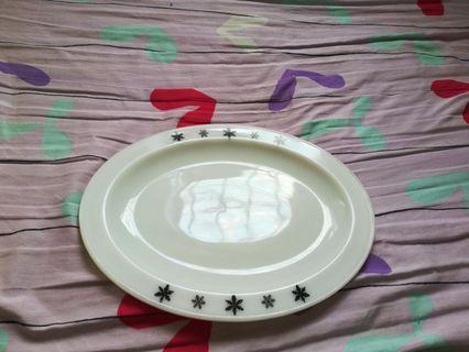 JAJ pyrex oval plate