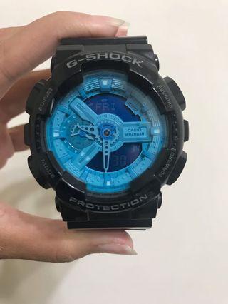 G-SHOCK 黑藍 手錶 GA-110B-1A2