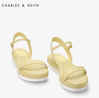 CHARLES&KEITH夏季凉鞋CK1-70900086休閒風一字式露趾厚底凉鞋