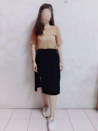 黑色微彈性排扣修身半身裙