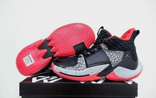 Sepatu basket air jordan