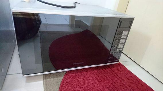 Panasonic Microwave Oven Inverter NN-GF560M