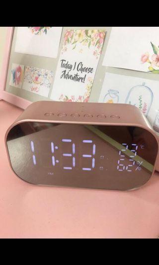 Bluetooth Speaker + Clock