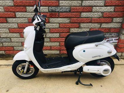 4 months old Electric scooter