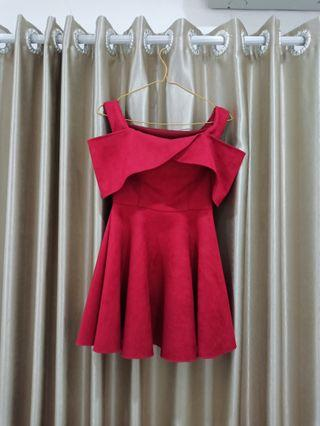 BAJU PESTA MERAH / SABRINA RED DRESS