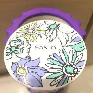 9成新 Fasio 零油光高效持妝蜜粉餅