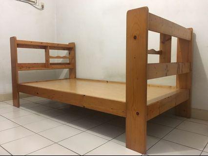 木製單人床架