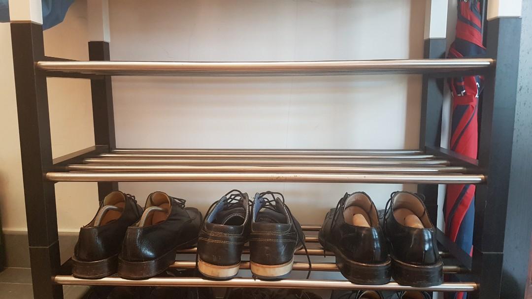 4 shoe racks