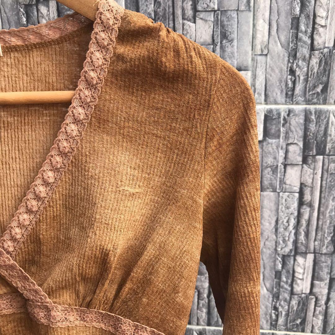 Forever 21 Brown Acid Wash Long Sleeves Top