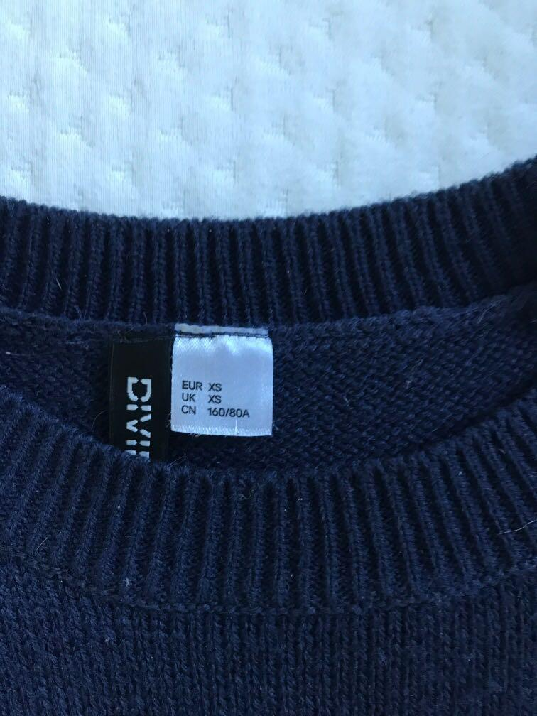 H&M navy blue pullover