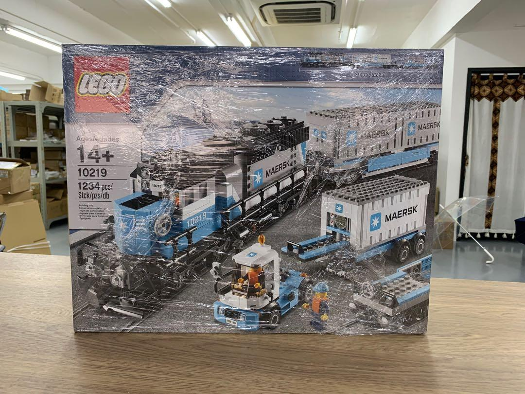 Dead Stock LEGO Maersk Container Train (10219)